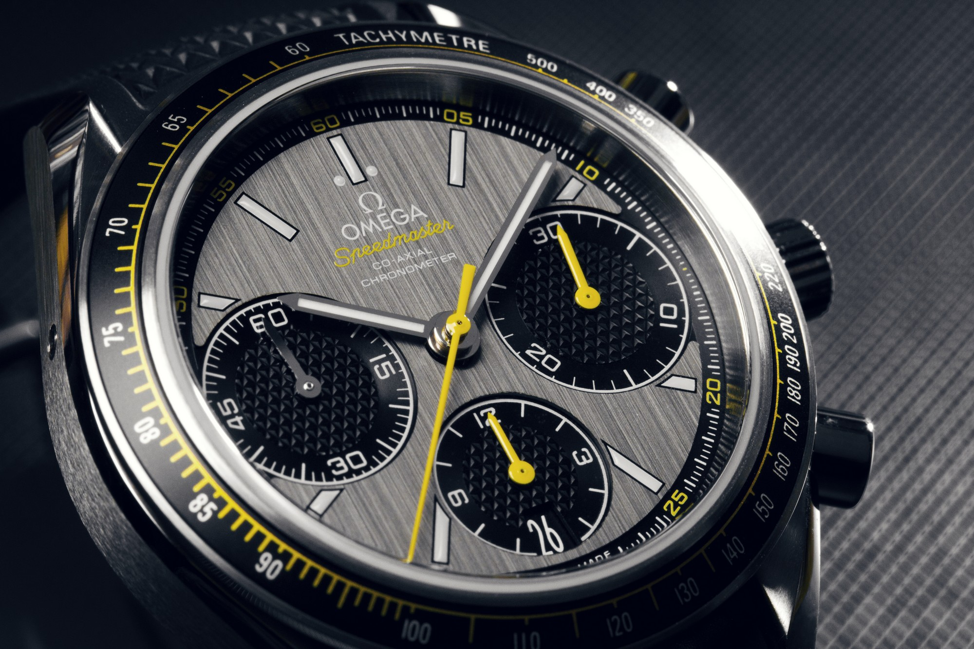 Omega Authorized Dealer >> Pictures: Omega Speedmaster Co-Axial Racing 40mm 326.32.40.50.06.001 - SpeedyWatches