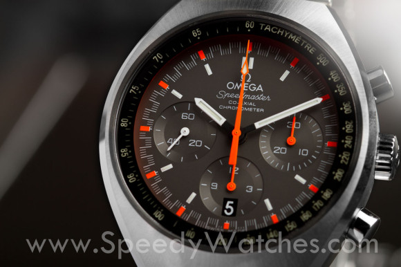 Omega Speedmaster Mark II Racing 327.10.43.50.06.001