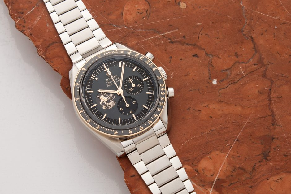 Omega Speedmaster Professional Moonwatch Apollo 11 50th Anniversary 310.20.42.50.01.001: What's in the Box?